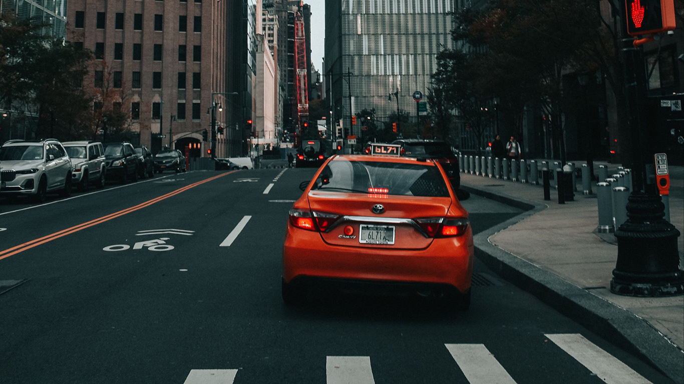 City, Street, Cars, Wallpapers Free Download For Windows & iOS