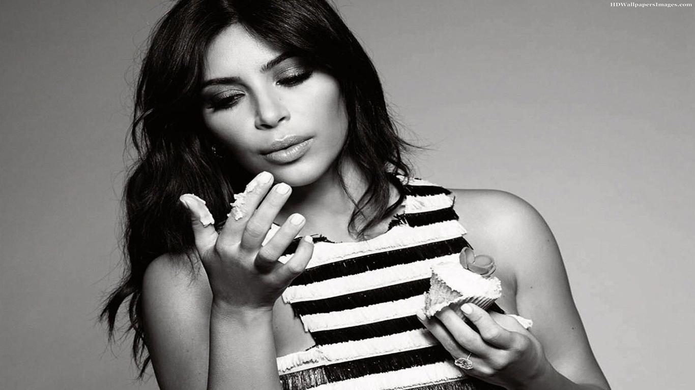 Kim Kardashian Wallpaper – Kim Kardashian 4K Wallpapers