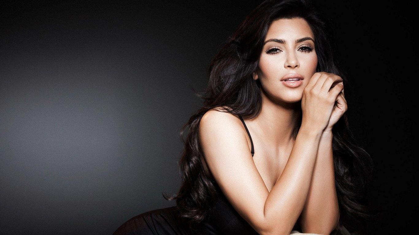 Kim Kardashian Wallpaper – Kim Kardashian HD Wallpapers Free Download