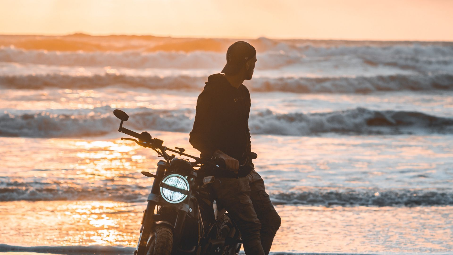 Motorcyclist, Motorcycle, Silhouette Download Free HD Wallpapers