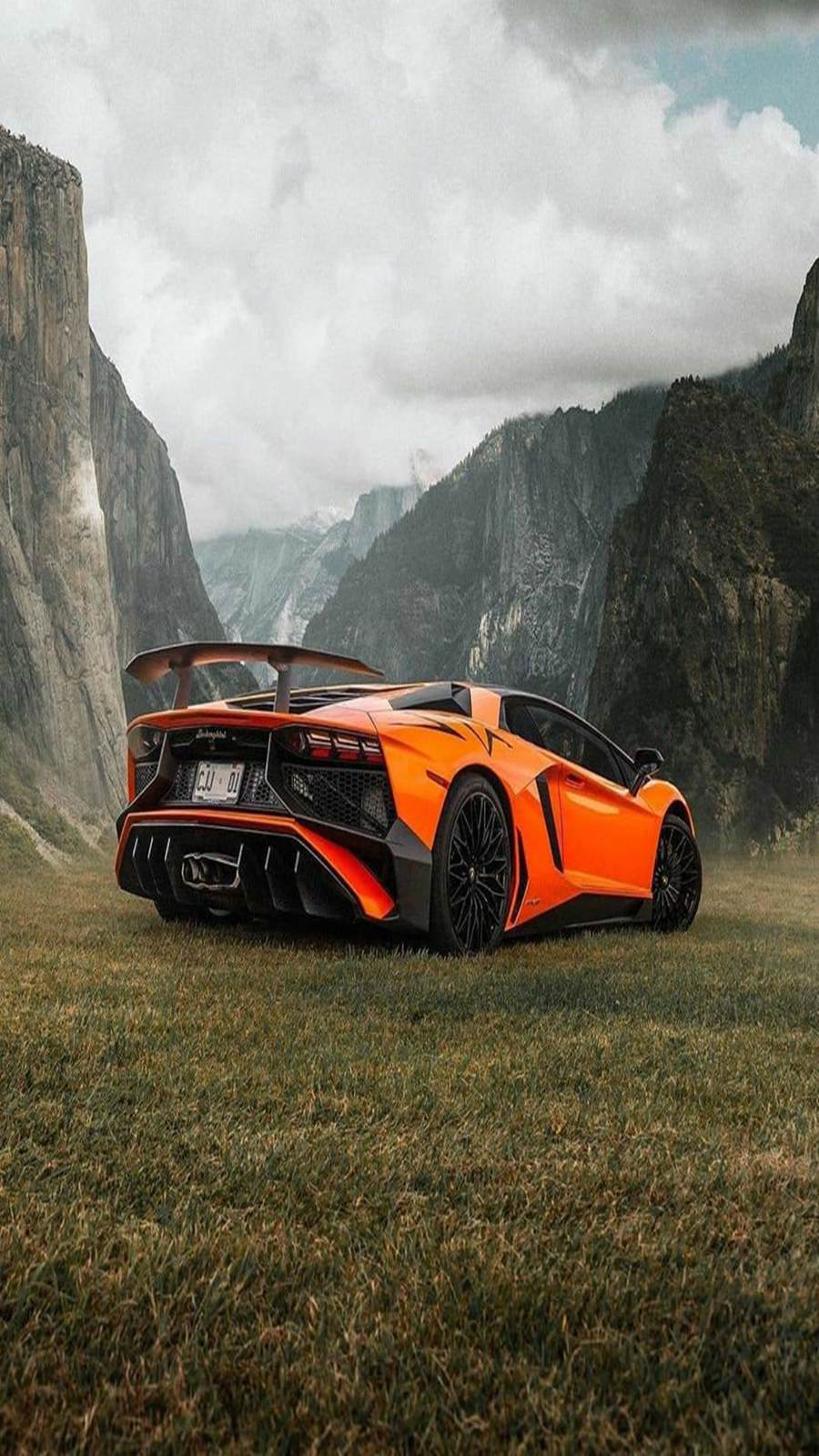 Lamborghini Wallpapers Free Download For iPhone and Phone ...
