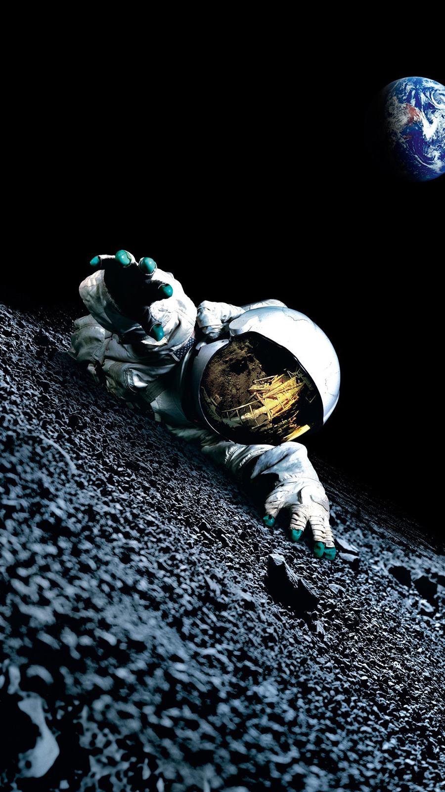 Apollo 18 Moon Astronaut HD Wallpapers Free Donwload
