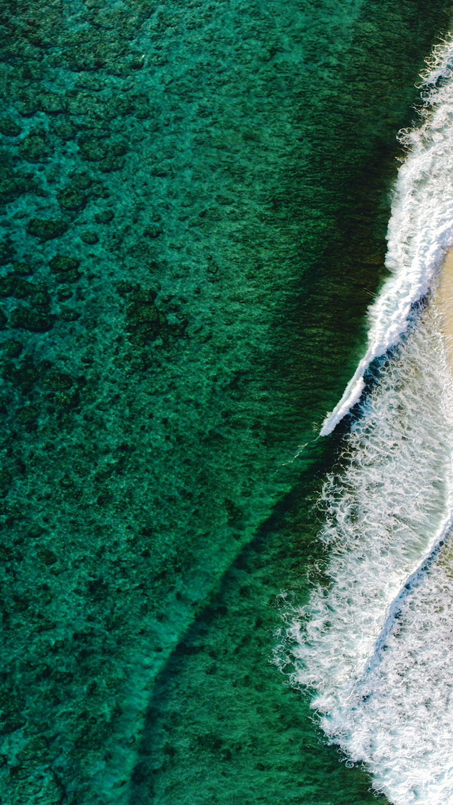 Green Sea Waves Wallpapers Free Download