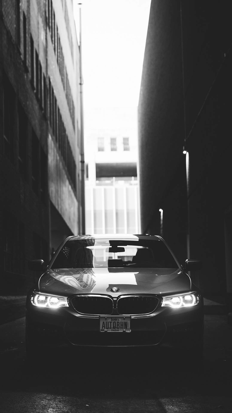 BMW Wallpapers for İPhone Device