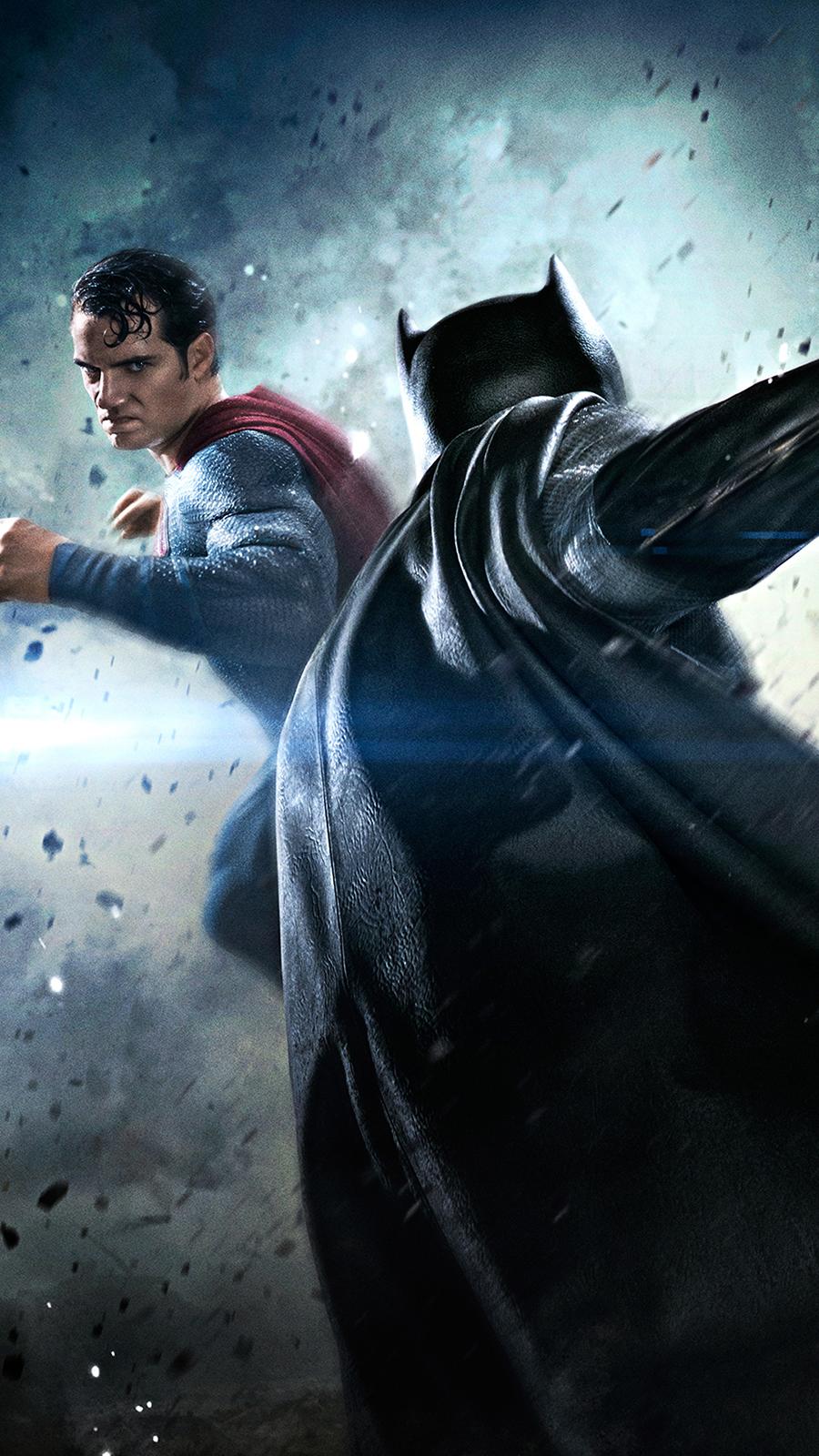 Batman vs Superman Fight Wallpapers Free Download