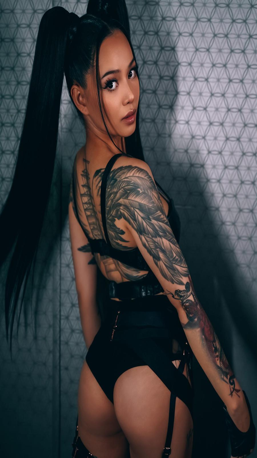 Beautiful Body Bella Poarch Wallpapers Download