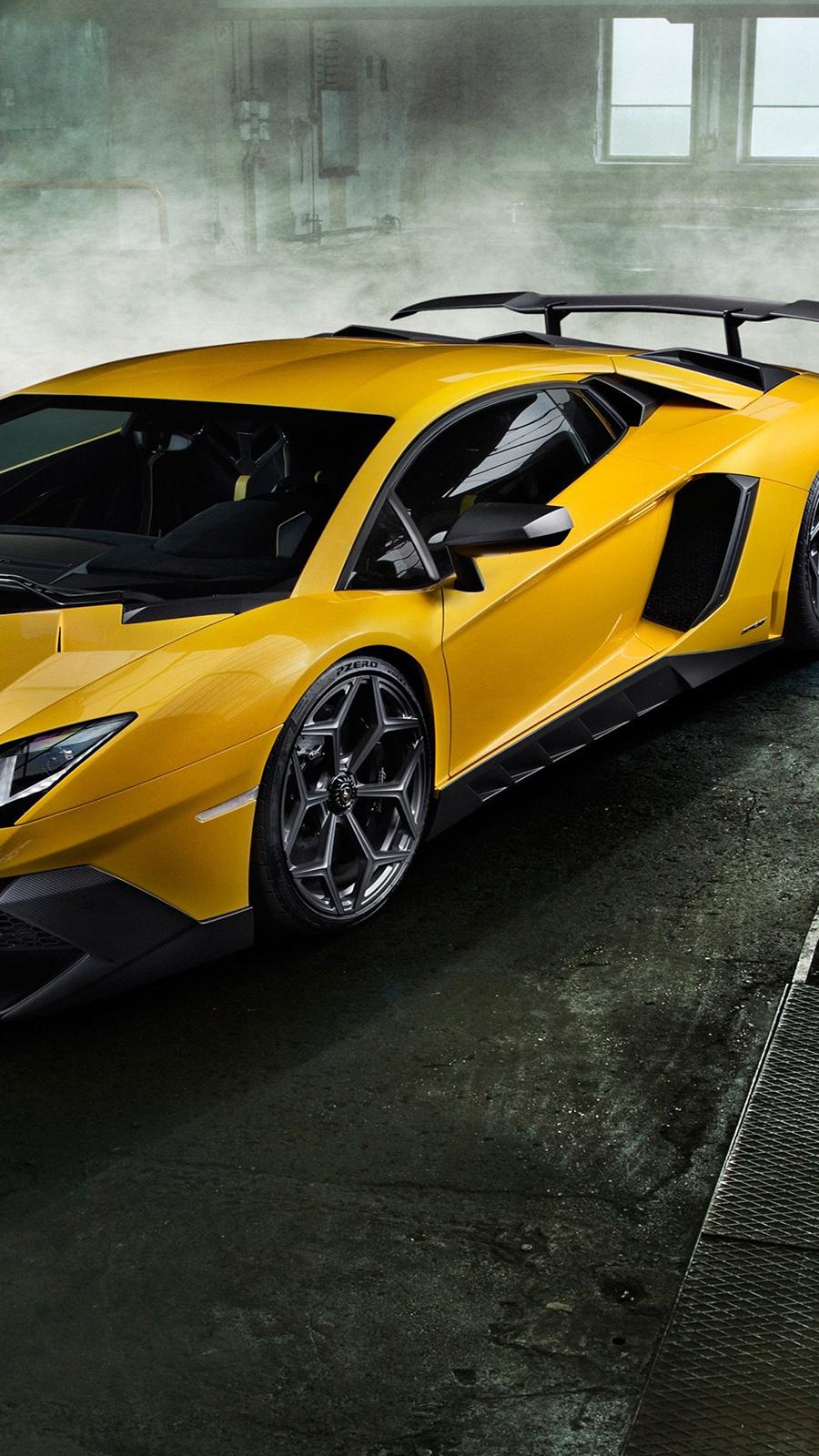 Lamborghini Aventador Wallpapers Download