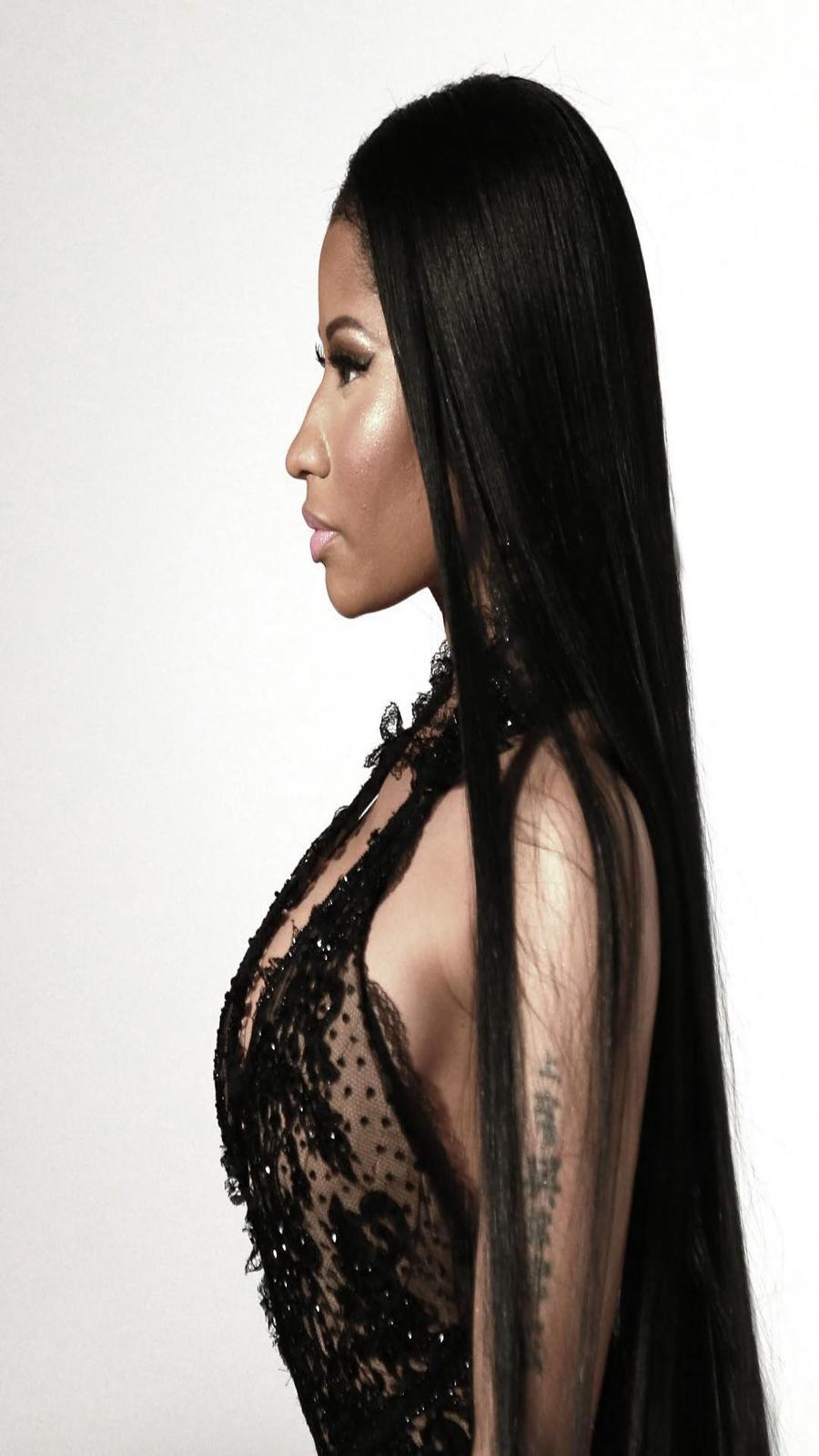 Nicki Minaj Side View HD Wallpapers