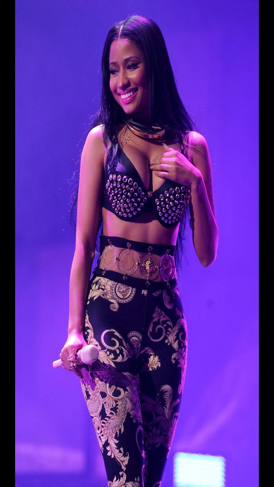 Singer Nicki Minaj Wallpapers Download