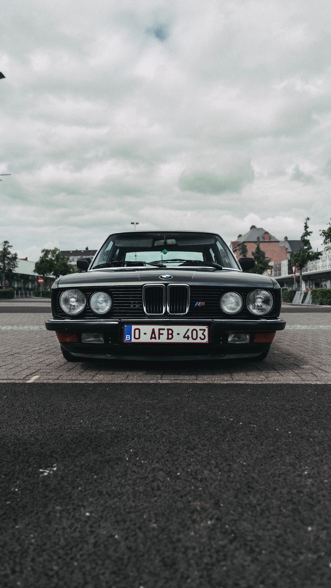 Old BMW 9 Series Wallpapers Download