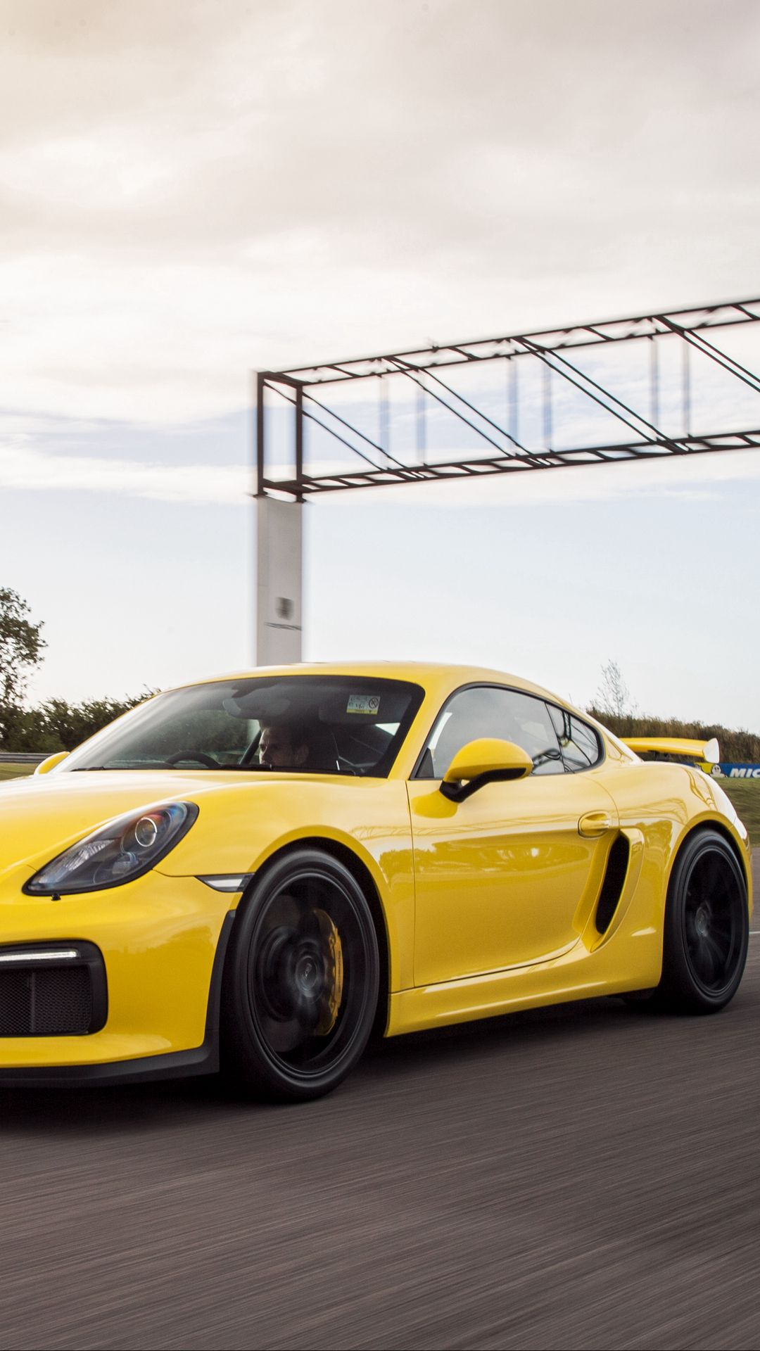 Porsche Cayman GT4 Wallpapers Download for Apple Background