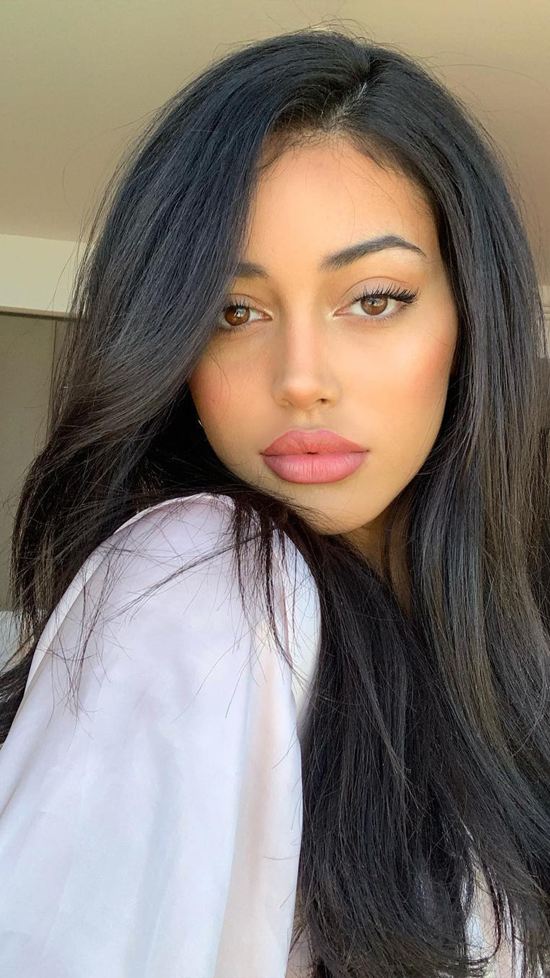 Cindy Kimberly Wallpapers Free Download for Mobile